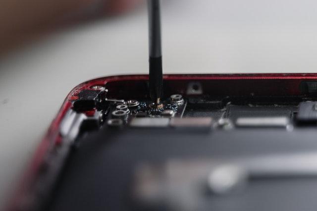 Chipknappheit trifft französische Autoindustrie – Autoverkauf hinkt wegen Lieferproblemen hinterher